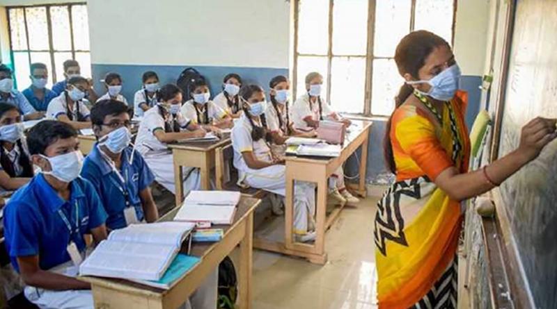 Government clarifies reports on schools closure till December