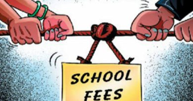 Gujarat HC nixes ban on private schools collecting fees