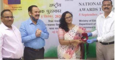Jamshedpur's Ishita De receives National Teachers Award