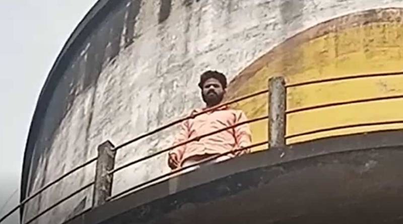 'Sholay style': Uttarakhand councillor climbs overhead tank, demands waiver of school fee amid pandemic