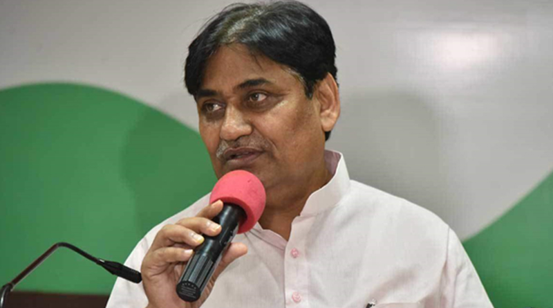Rajasthan changes govt schools' uniform, oppn BJP sees read