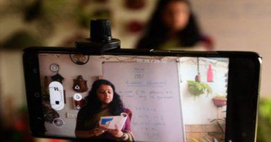 Maharashtra teachers request education department for Covid-19 insurance