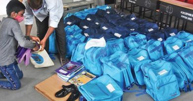 Andhra government school students to get Vidya Kanuka kits from today