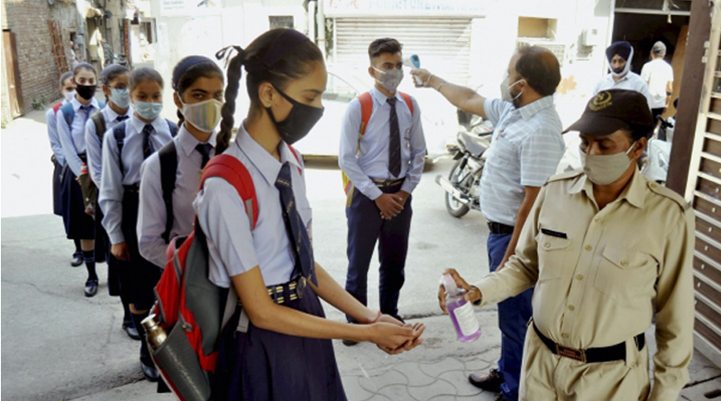 Andhra Pradesh sees Positivity rate in schools, colleges at a tiny 0.3%