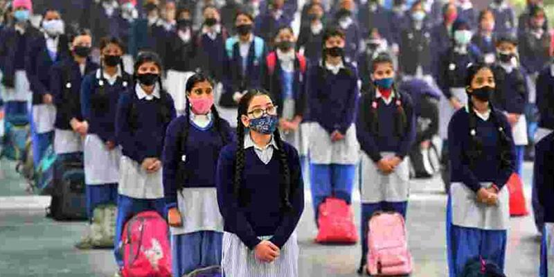Bihar govt admits dip in enrolment in schools, but states decline in dropouts