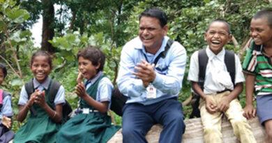 "Maharashtra Teacher Awarded For Introducing ""Jungle Batches"" – Education News"